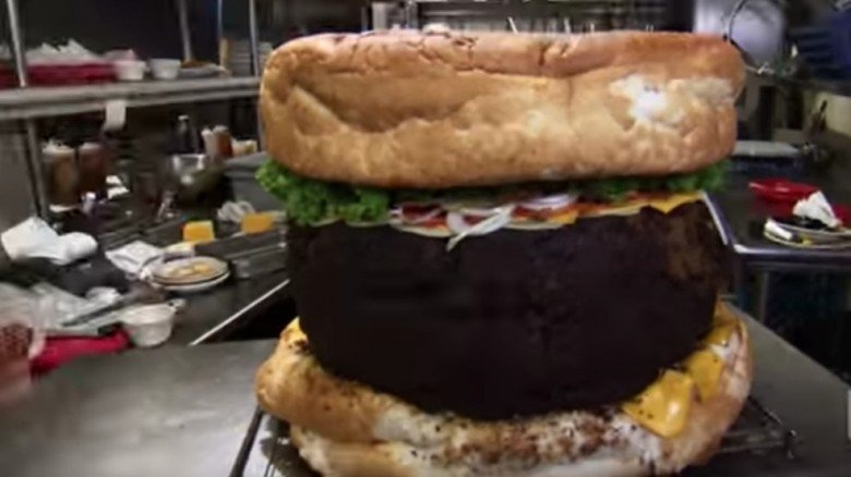 The untold truth of man v food giant burger forumfinder Gallery