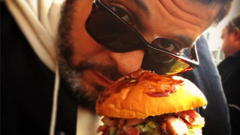 The Untold Truth Of Man V Food - Fast food ads vs reality the truth unveiled by these photos