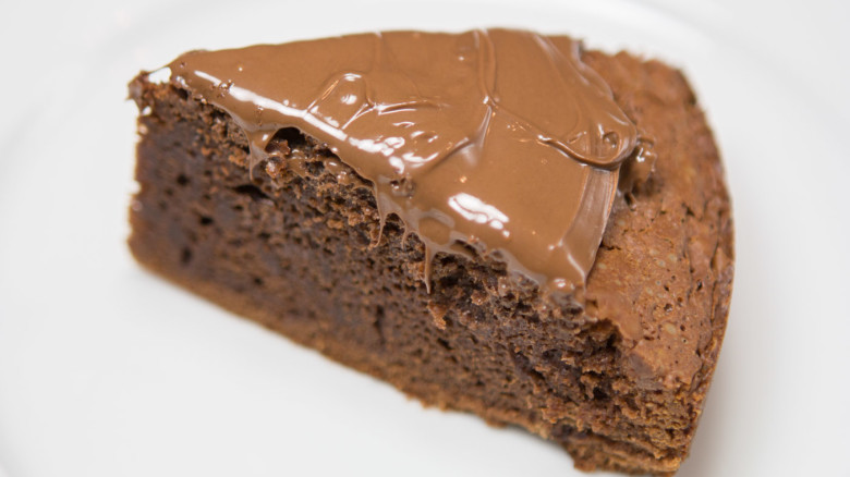 Chocolate Cake With Nutella Spread
