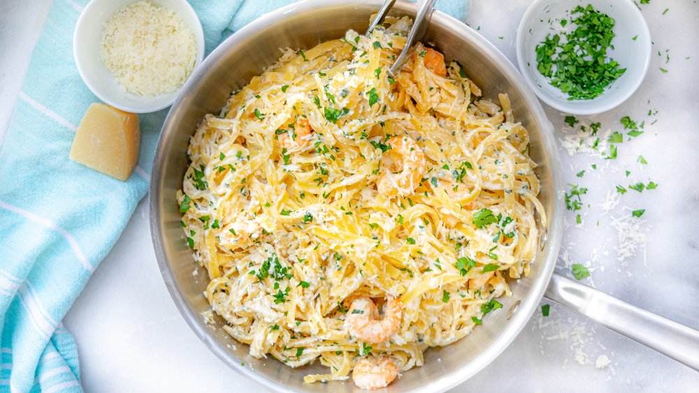 Pot of 20-minute shrimp alfredo