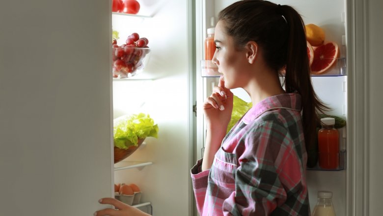 Foods You Should Never Put Into Your Body Before Bed