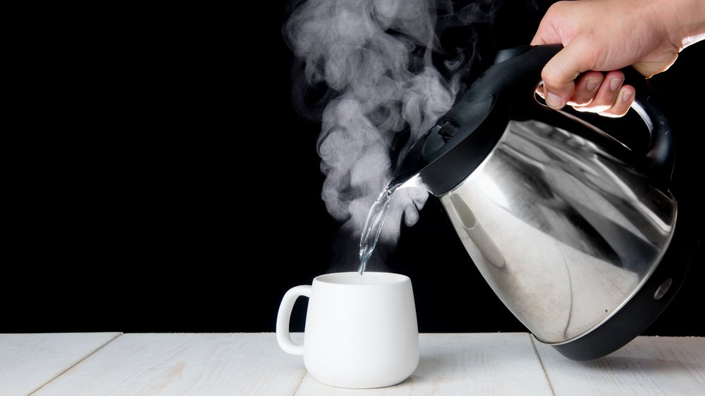 Here's what happens when you drink hot water every day