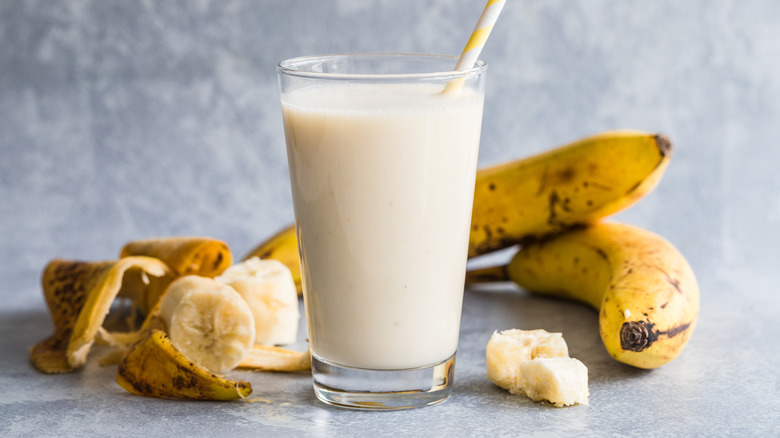 Is eating dairy with bananas actually bad for you?