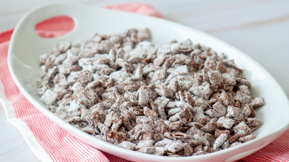 This Easy Puppy Chow Can Be Ready In 20 Minutes