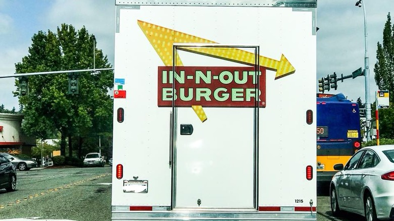 In-n-Out Burger truck