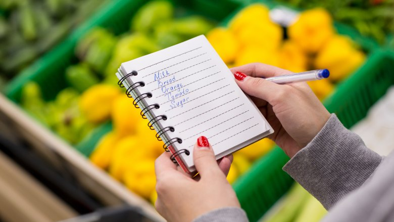 Mistakes everyone makes at the grocery store