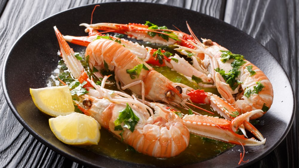 What are langoustines and what do they taste like?