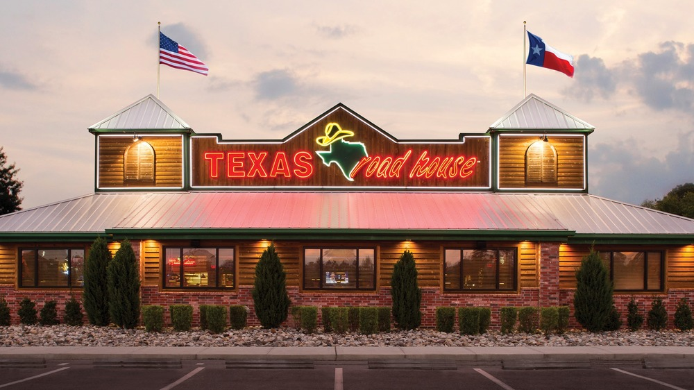 What you should absolutely never order from Texas Roadhouse